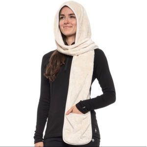 The North Face Osito Fleece Hooded Pocket Scarf